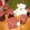 domače marmeladke in sirup iz smrekovih vršičkov