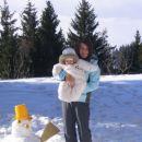 Ajda,mami in snežak