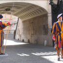 Častna straža v Vatikanu