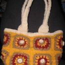 moja kvackana torbica....moje prvo kvackanje.....sm mal vazna :)