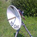 PROCOM antena z žarilcem, transverter v ozadju