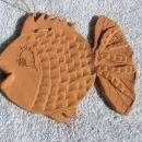 Ribica iz gline s poškodovanim repom!