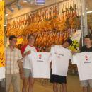 Poleg dvorane nas je v Alicanteju najbolj navdušil tale kotiček. Gre za ogromno mesnico v