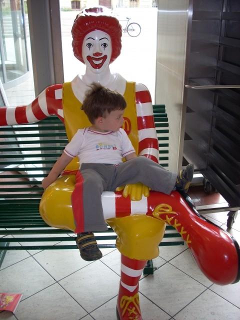 Pri McDonaldu