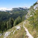 S prelaza Prodi proti koči pri Sedmerih jezerih